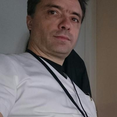 Dr. Max Lonneux, MD, PhD